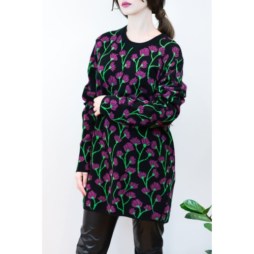 Pullover with Flowers