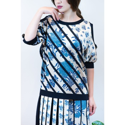 Knitted Blouse with Blue Patterns