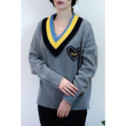 Pullover Grey with Neckline V
